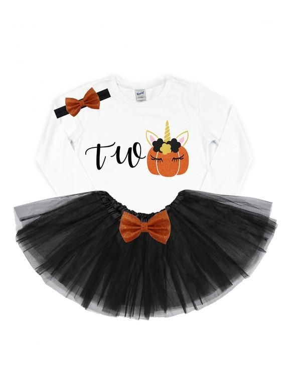 Girls pumpkin second birthday outfit | pumpkin 2nd birthday | pumpkin patch outfit | fall birthday outfit | pumpkin patch outfit unicorn #pumpkinpatchoutfit