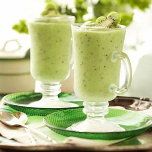 Shamrock smoothies (kiwi, banana, grapes, yogurt, orange juice, honey and rum). Great way to start St. Patrick's Day