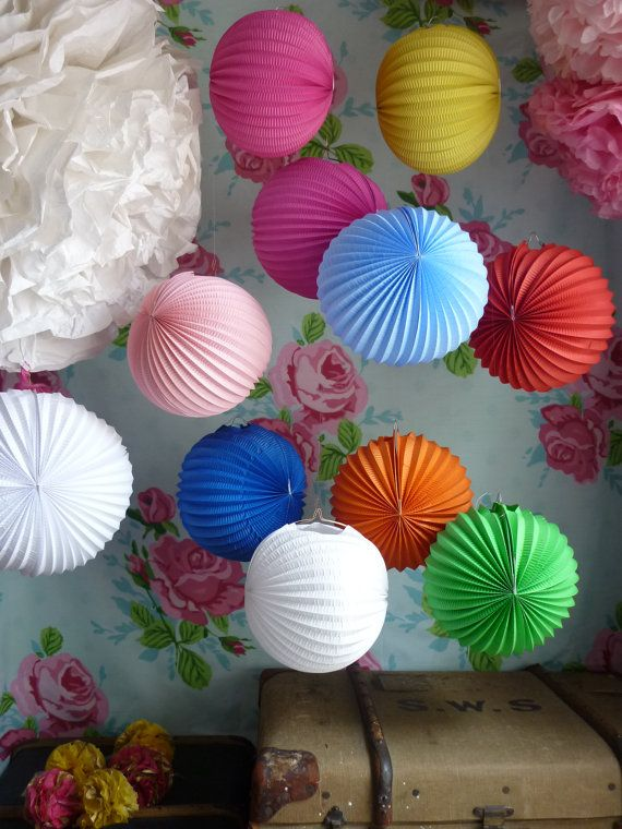 paper poms i do pinterest paper lanterns paper poms and