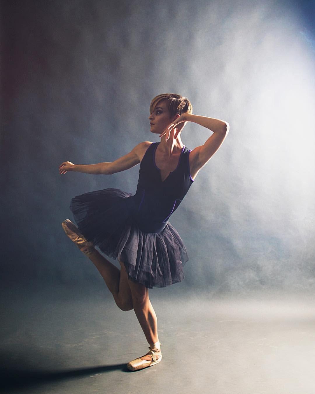 """Ballet Zaida on Instagram: """"Affinity - @nicolevoris Wearing - @thedancewearproject Location - @fdphotostudio #balletzaida #thedancewearproject #fdphotostudio #nicolevoris #ballerina"""""""