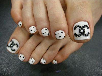 cute fun nails.