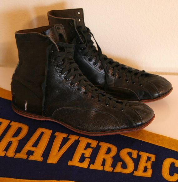 1930s Mens Athletic or Boxing Shoes / Hi Top Leather par mothworks, $175,00