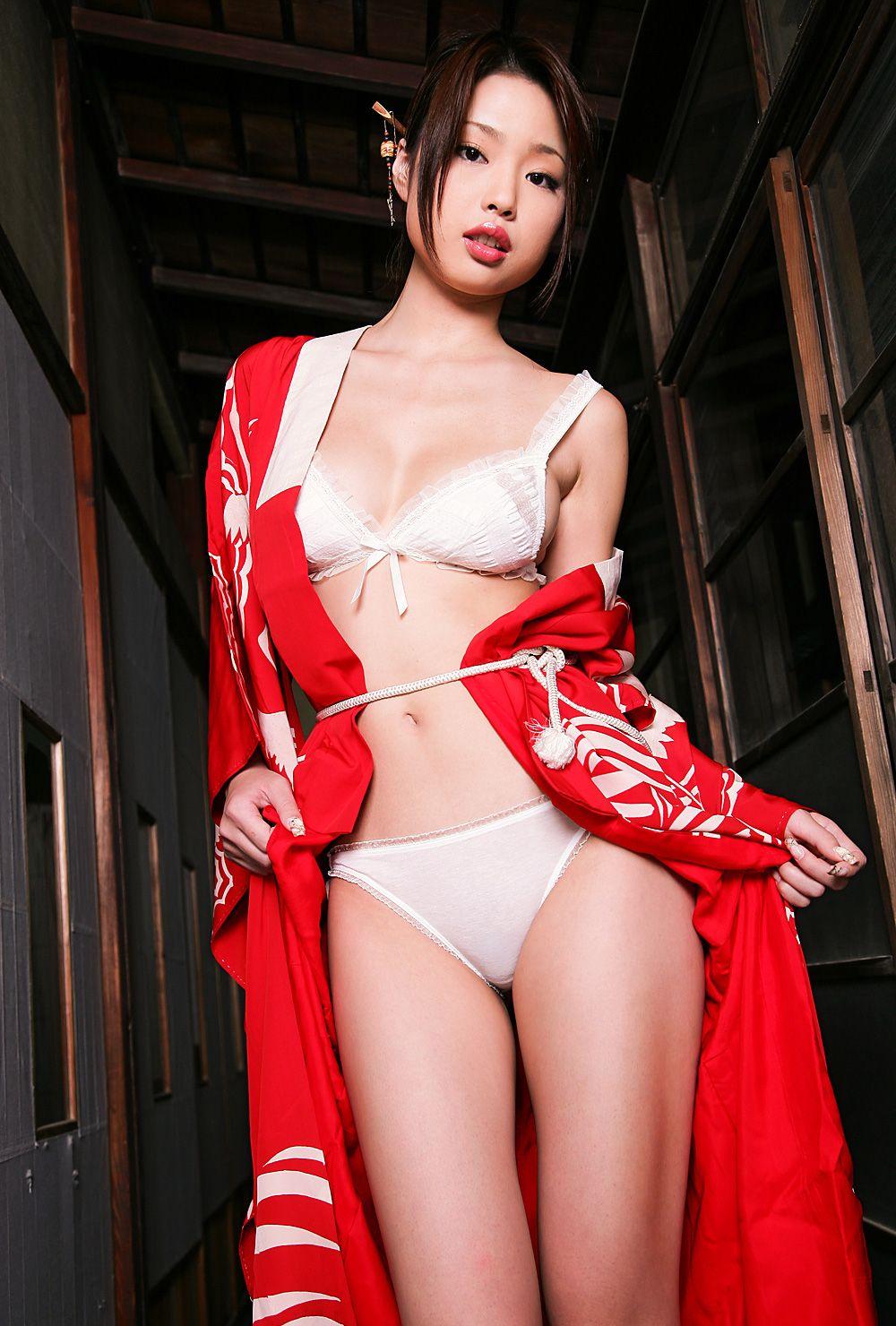 Risa Kasumi Images