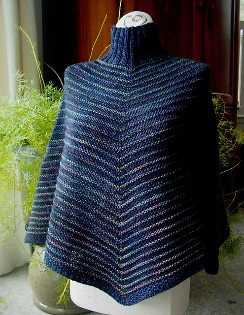 Groovy Poncho by Susan Ashcroft, knitted by vhglass | malabrigo Rios in Paris Night and Arroyo in Arco Iris