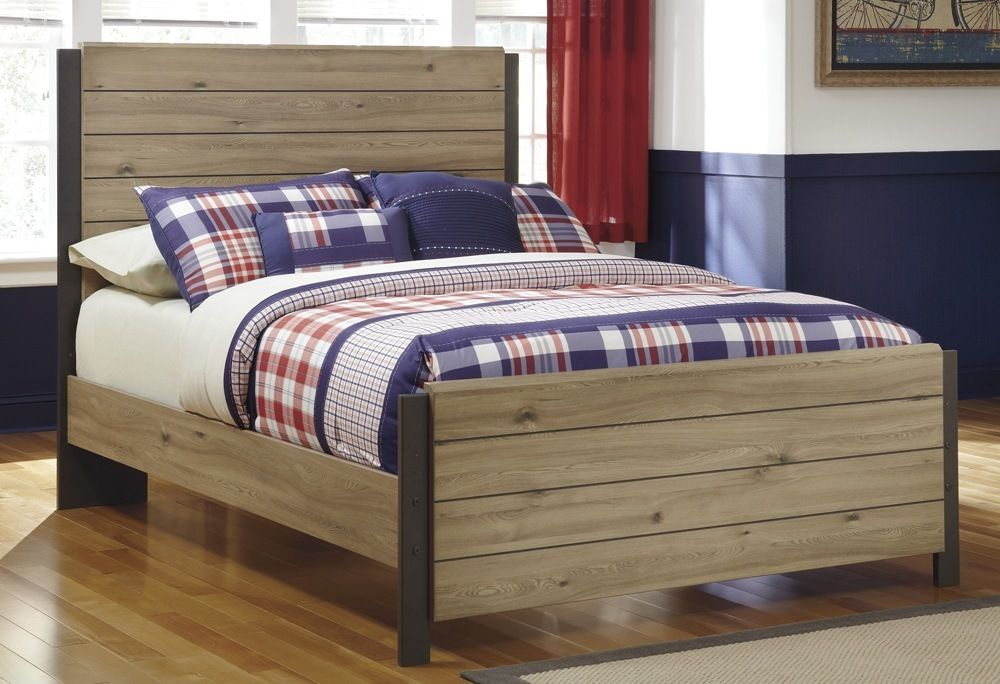 Ashley Wood Full Size Bed