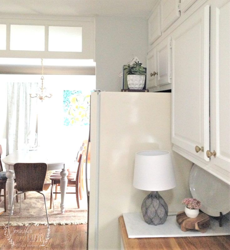 An Easy Way To Paint Small Areas Painting Cabinets