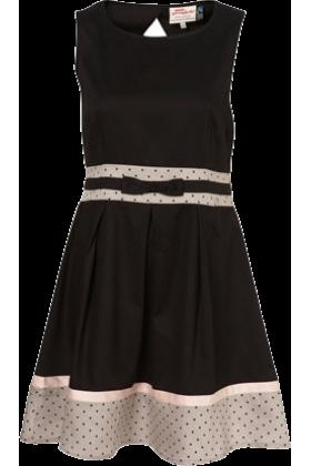 coco chanel dresses coco chanel kleider dress schwarz klamotten pinterest. Black Bedroom Furniture Sets. Home Design Ideas