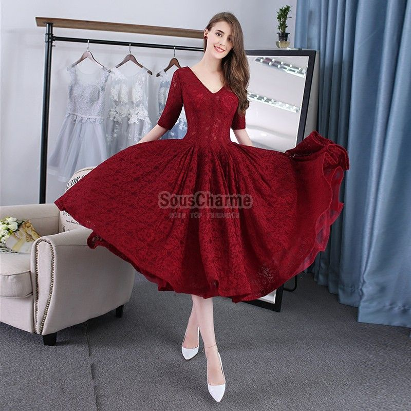Robe cocktail courte col v