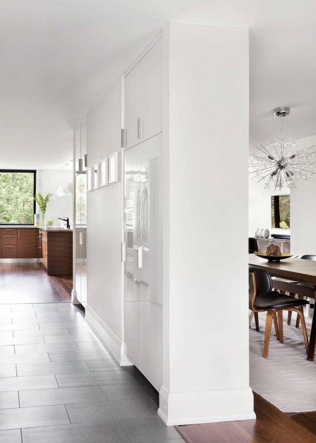 Meubles bois massif assortis au parquet et salles de bains blanches - peinture sur meuble bois