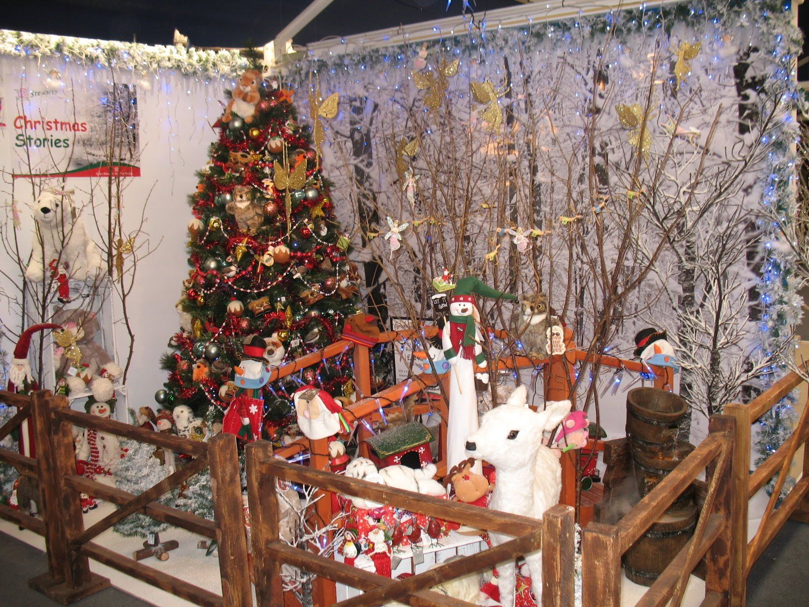 garden center xmas displays Stewarts Garden Centres