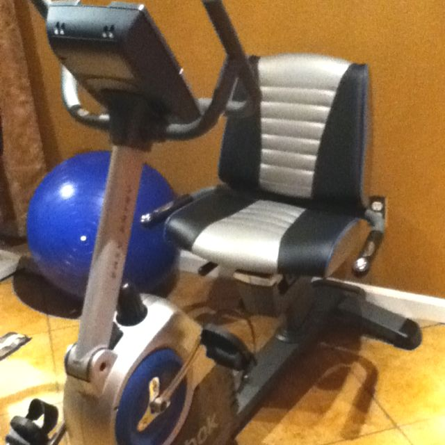 Reebok Recumbent Exercise Bike Great Bike Got It From Costco Com For Around 400 00 It Has Games Built In And Ga Recumbent Bike Workout Biking Workout Bike