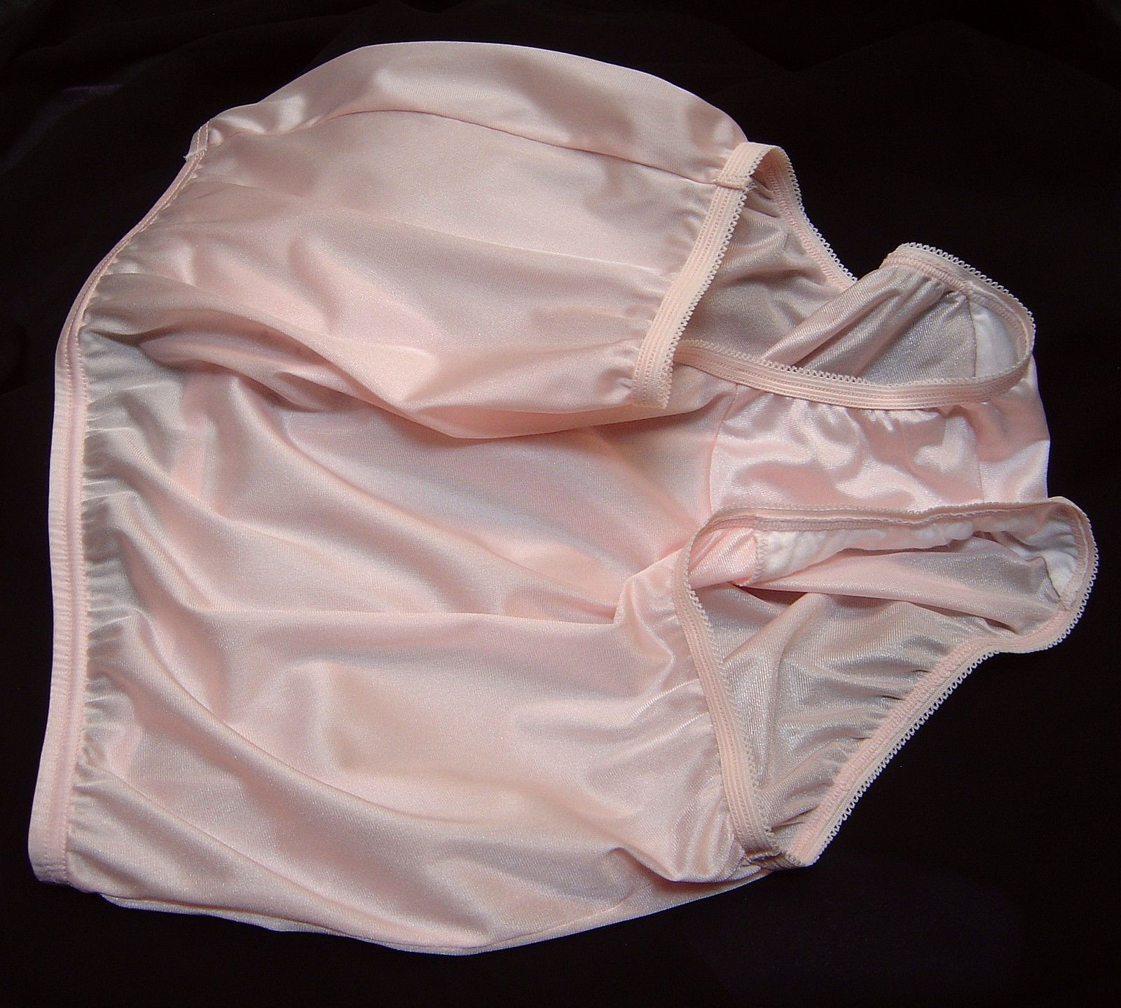 This Is Where It All Started For Me Yes Things To Wear Granny Panties Vanity Fair Pretty
