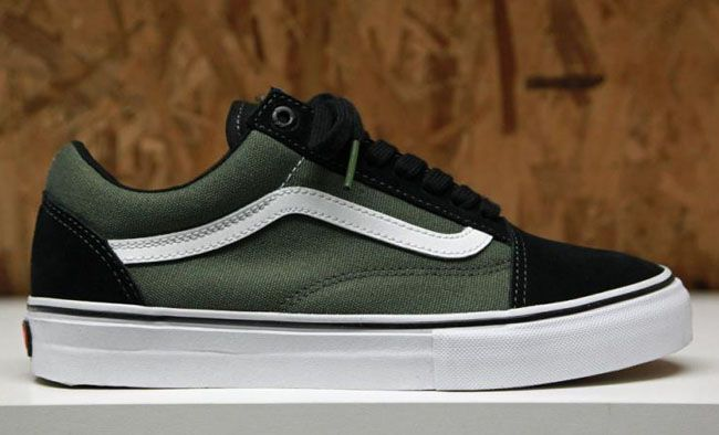 vans old skool dark green black