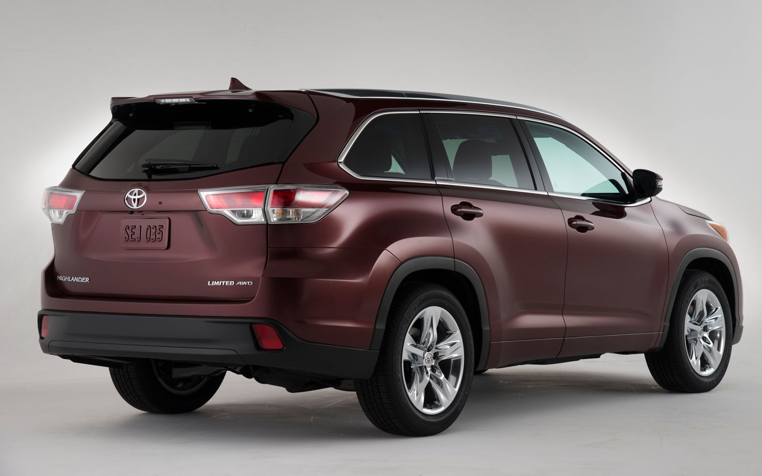 Highlander for the year 2015 is the continuation of a successful series of these models the new highlander will be the first toyota car