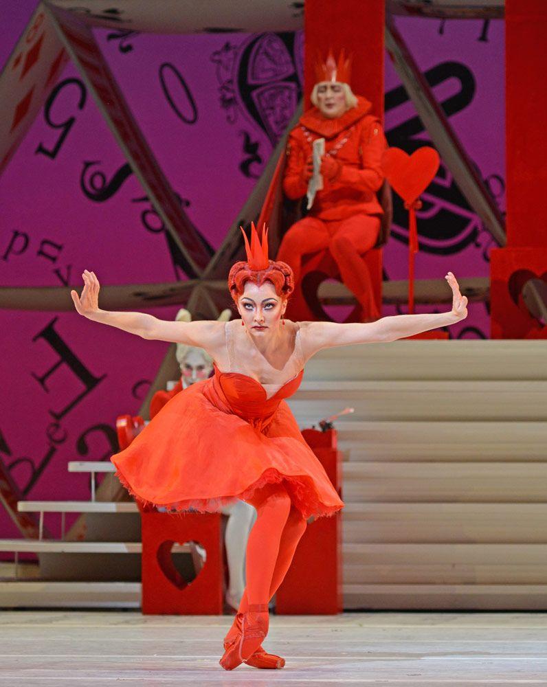 Claire Calvert In Alice S Adventures In Wonderland C Dave Morgan