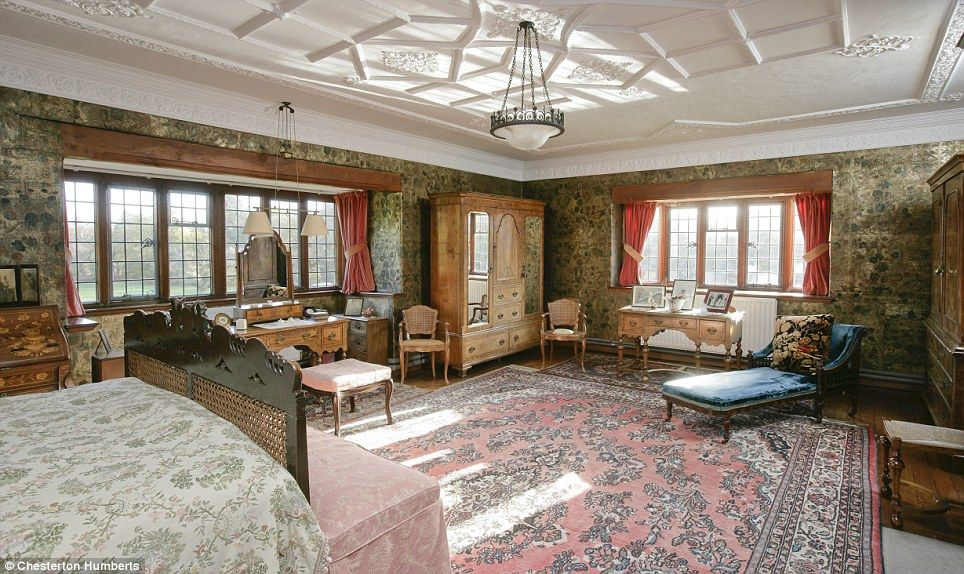 estate interior
