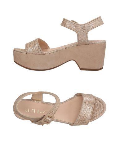 ac6df4279 UNISA Women s Sandals Platinum 10 US