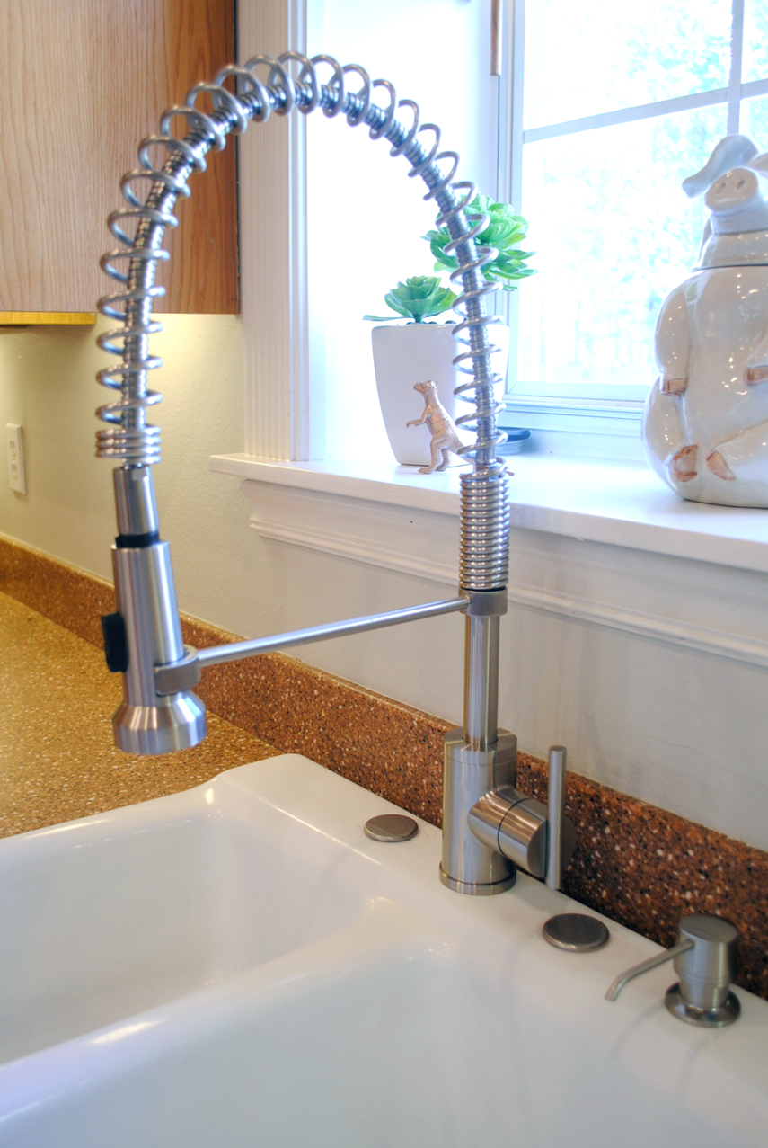 Shannon Of Fabulously Vintage Installed And Reviewed Our Danze Parma Kitchen Faucet Read All About It On Her Blog
