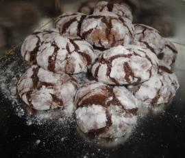 Recette Chocolate Crinkles (craquelés au chocolat) par Cookinette - recette de la catégorie Pâtisseries sucrées