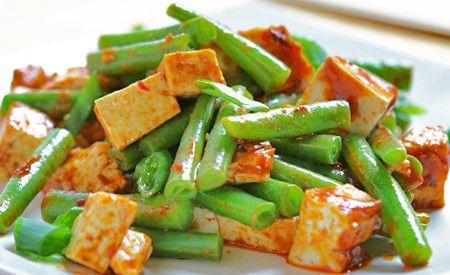 Bohnenpfanne mit Räuchertofu - schnelle vegane k che