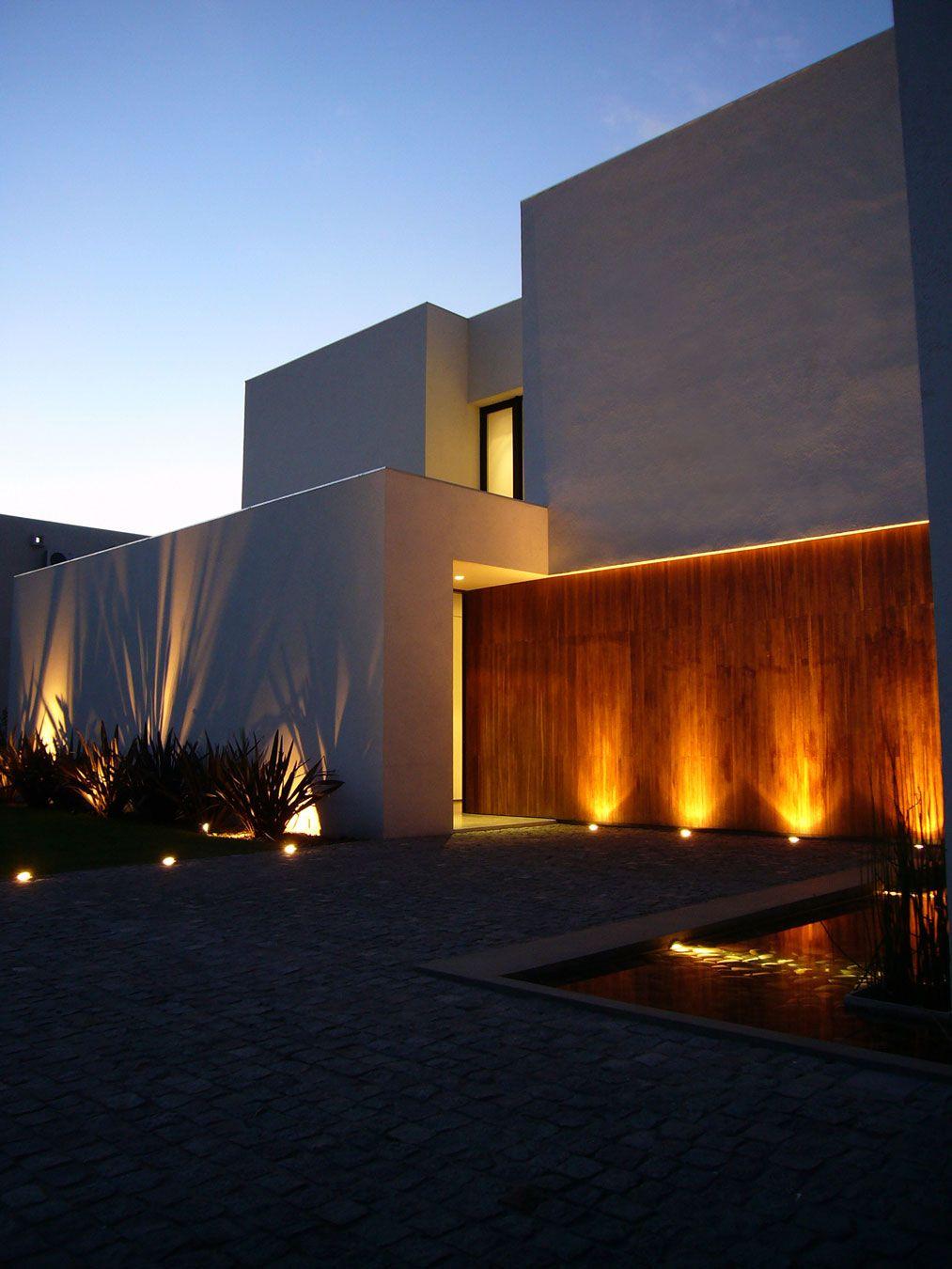 Casa BR by KLM Arquitectos Arquitectura Iluminacin de fach