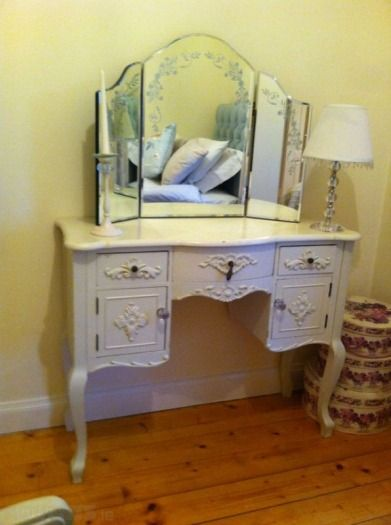 new styles 0e473 eb20b Pin by Adverts.ie on Beautiful Furniture | Dressing table ...