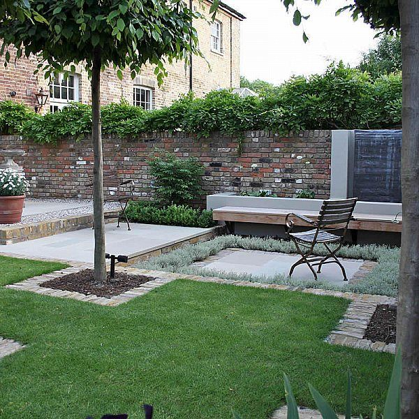 Simple Terrace Garden: Multi Level Linear Garden Hertfordshire