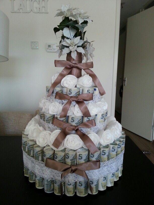 Photo of DIY Geldtaart bruiloft – Hochzeitsgeschenk ideen