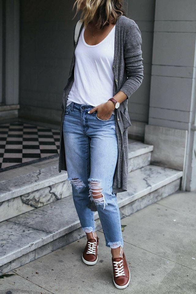 Photo of abiti con pantaloni strappati