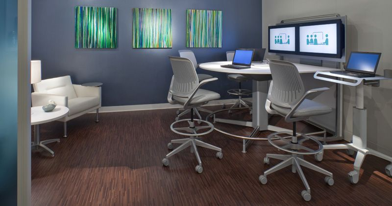 healthcare spaces with technology steelcase media scape steelcase rh pinterest com
