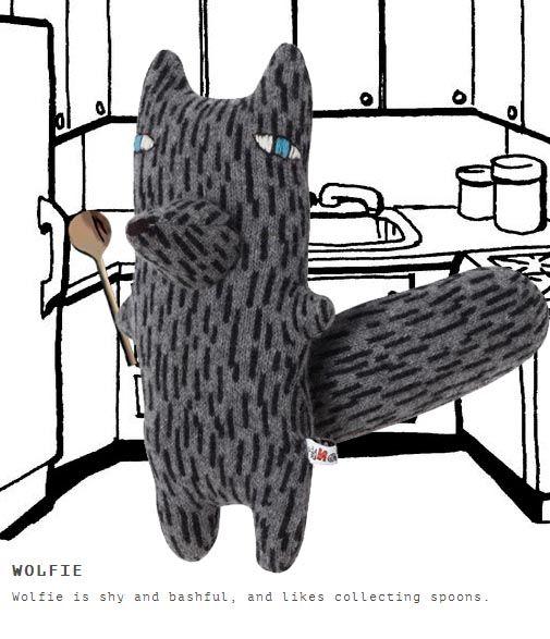 Wolfie likes collecting spoons http://knuffelsalacarteblog
