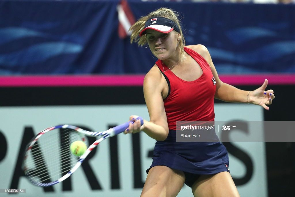 Sofia Kenin Of The United States In Action While Competing Against En 2020 Joueuses Tennis