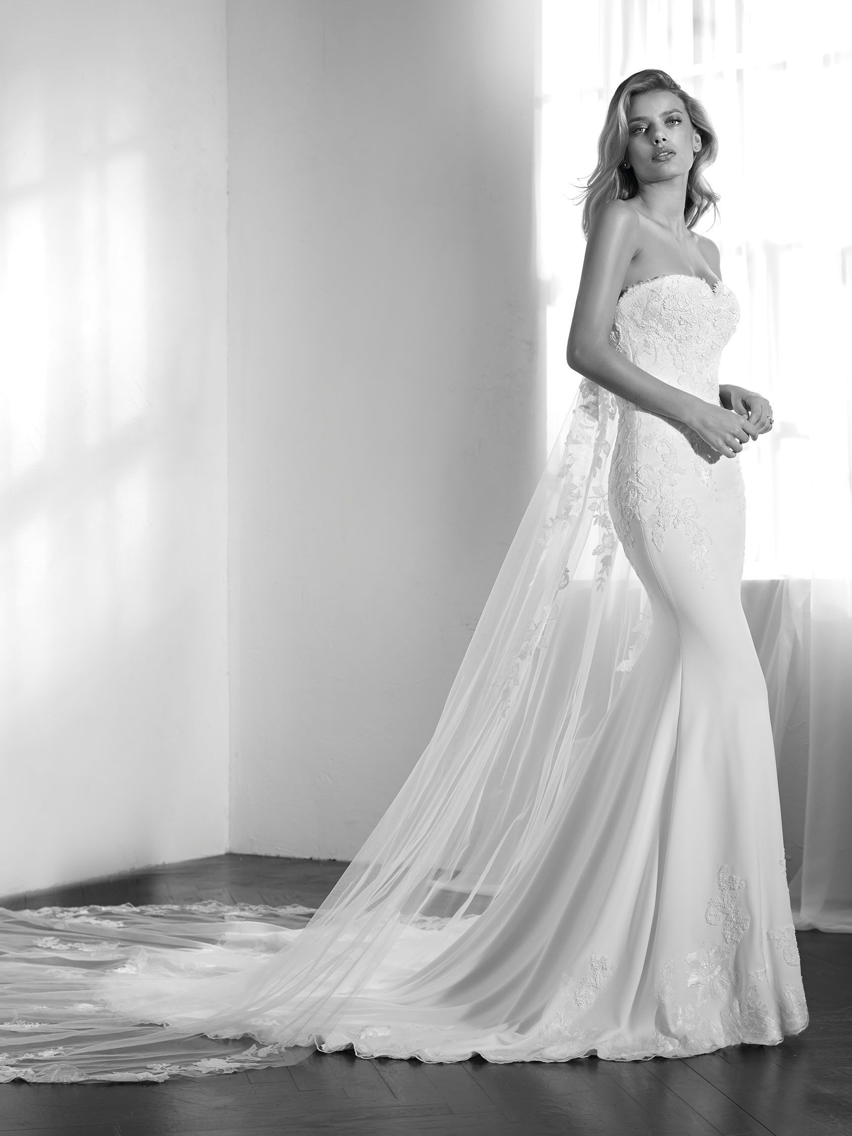ZAIKAL wedding dress sweetheart neckline   Wedding   Pinterest ...