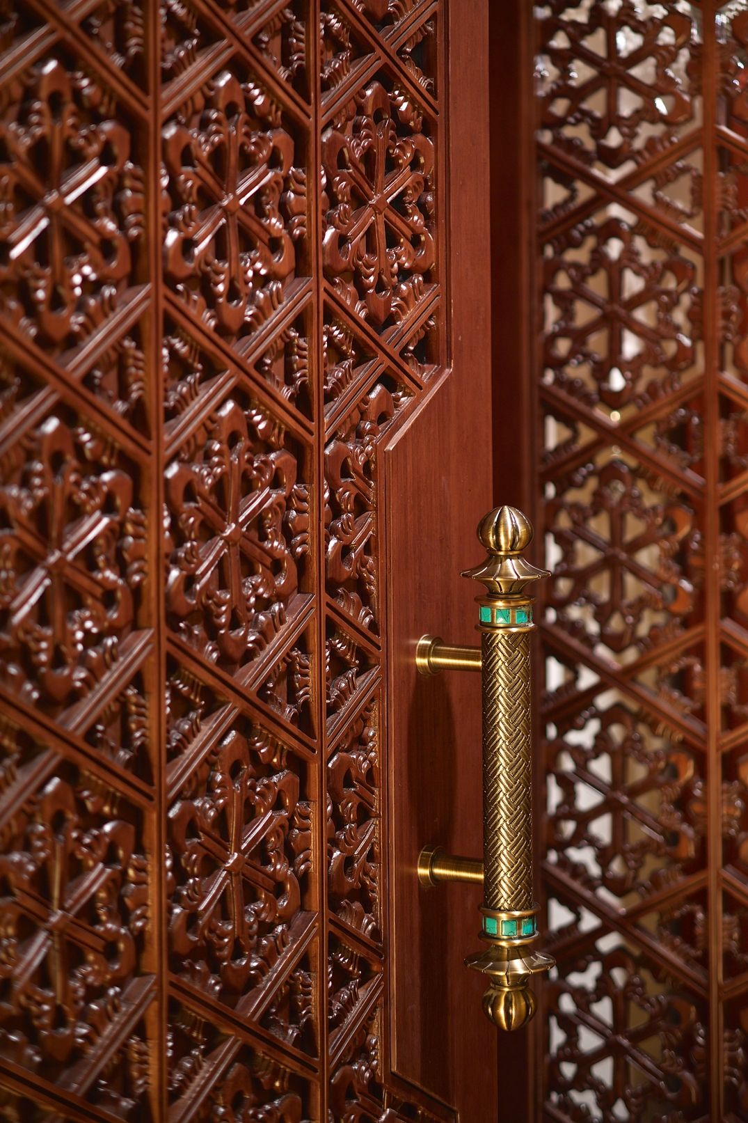 Custom designed carved door panel and handles at CHI Spa   Shangri ...