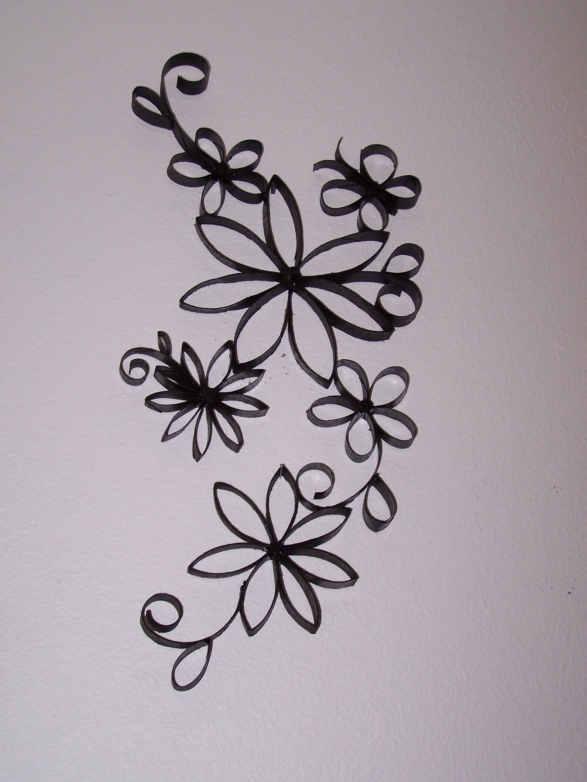 Toilet paper roll art. Flowers. | Cardboard Roll Art ...