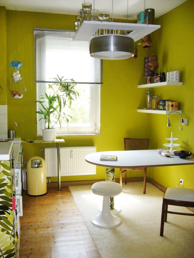 Einrichtungsideen küche grau  70ies Farbgewalt ... nicht grau .. nicht beige ... nicht weiß ...