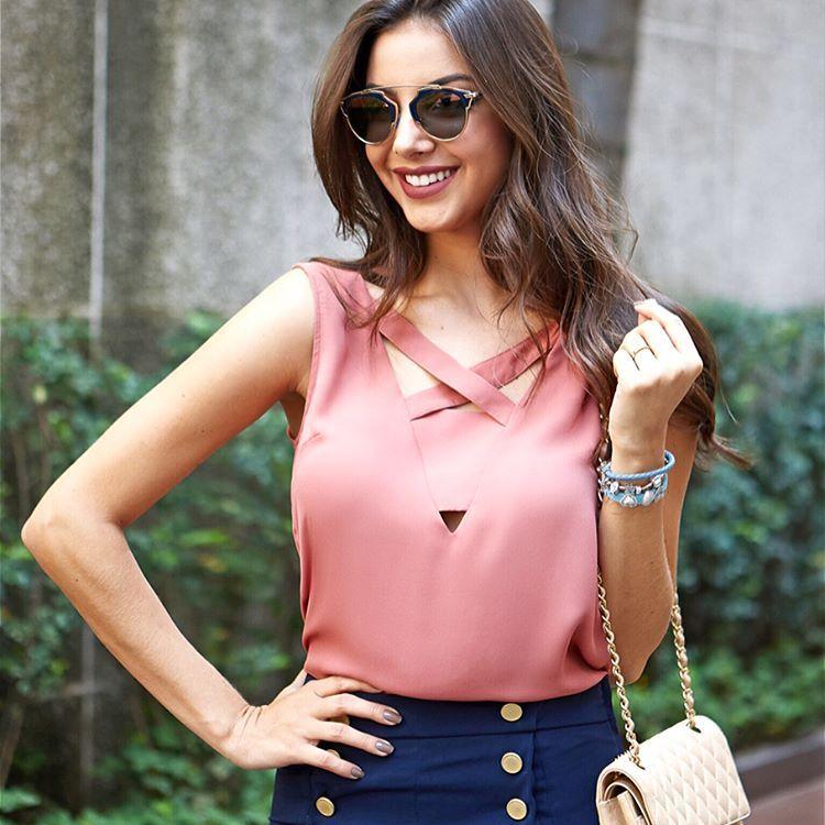 Detalhe frente e costas dessa blusinha linda ❤  beUniqueChic   raizanaUniqueChic 5226ec9c8c4a9
