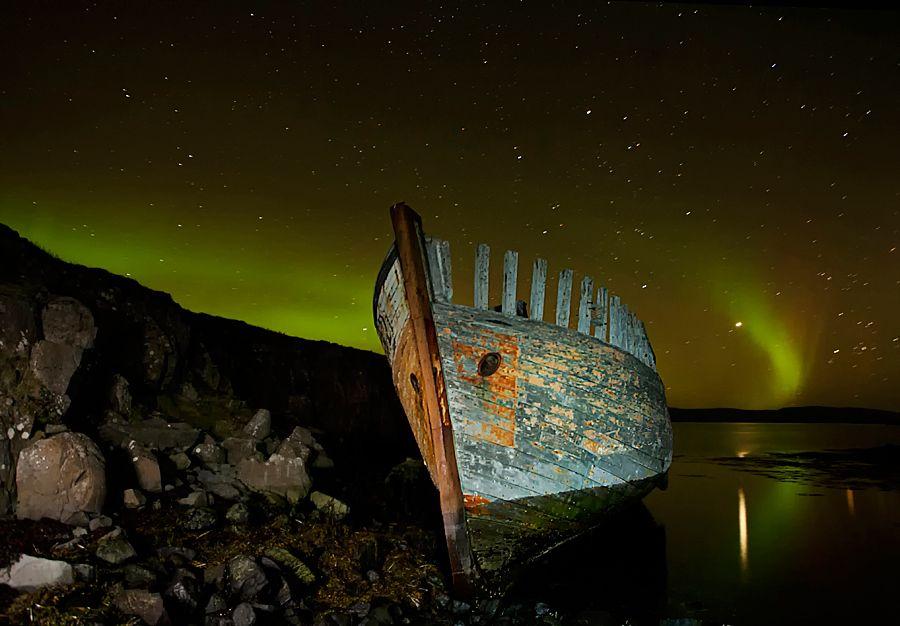 """Surrounded by Aurora"" by Þorsteinn H Ingibergsson, via 500px."