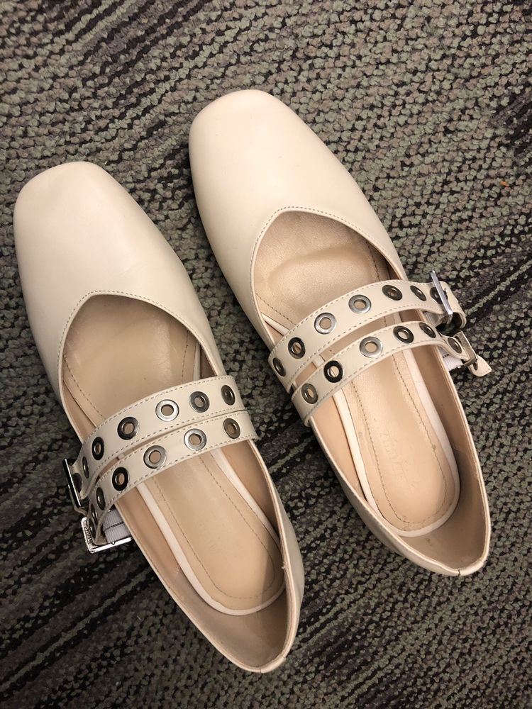 563480bd5b1823 YILIMIHUI Leather Ballet Flats Women - Ivory Oat White US Size7  fashion   clothing