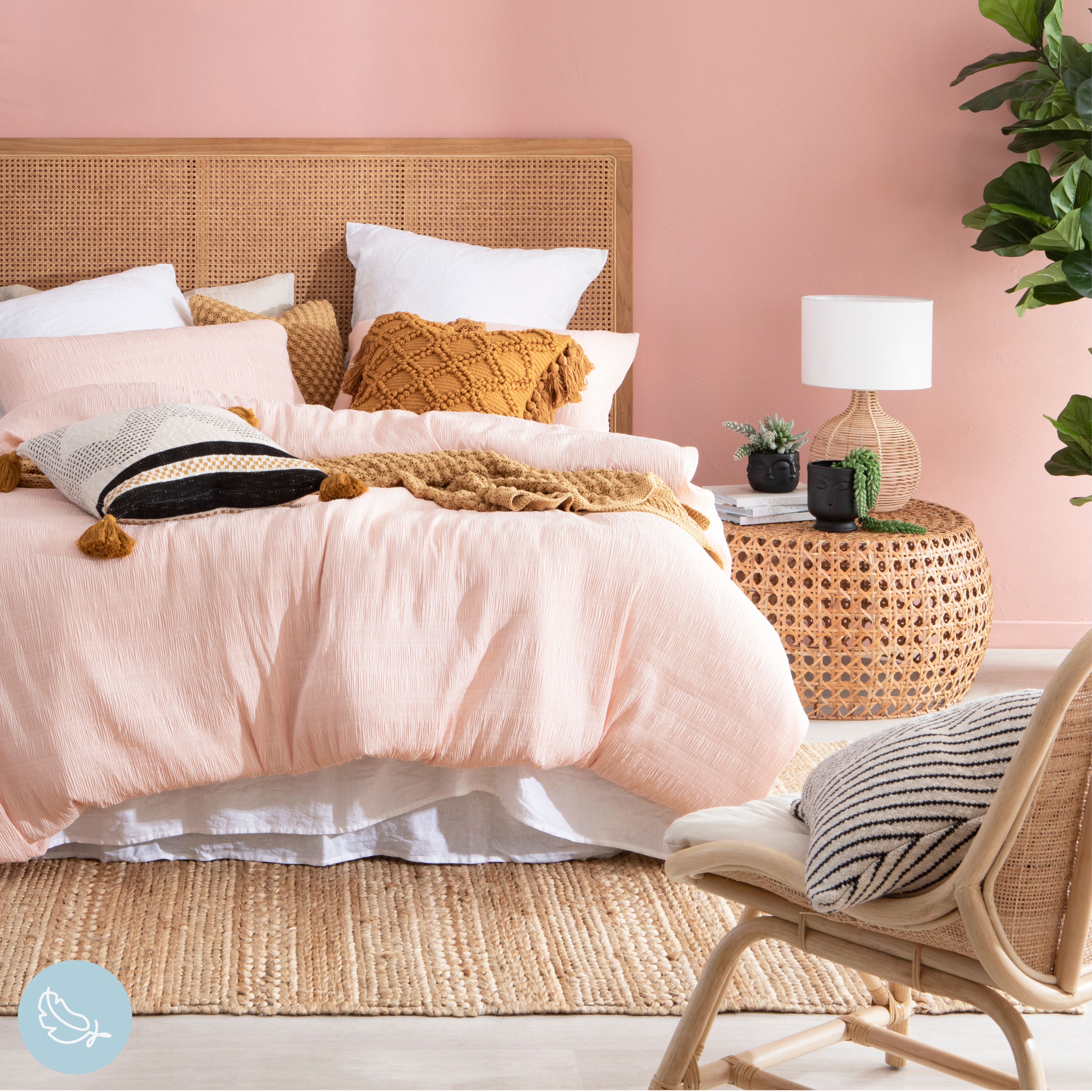 Pair beautiful blush pink and sunny mustard for gorgeous pops of colour and warmth in your bedroom this season #quiltcoverset #quiltcover #bedroomstyle #bedroomstyling #bedroomdecor #diyroomdecor