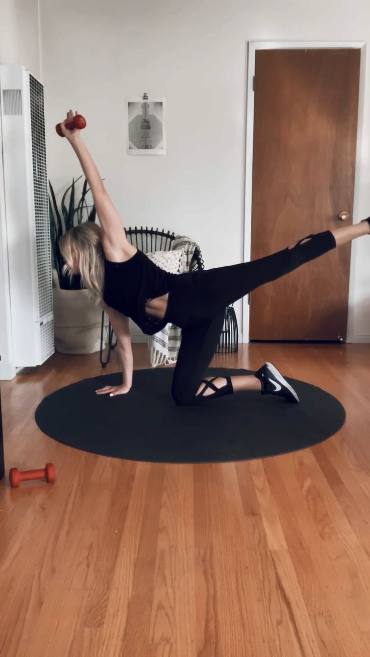 full body.. 💪 Pilatesvideo Pilates (With images