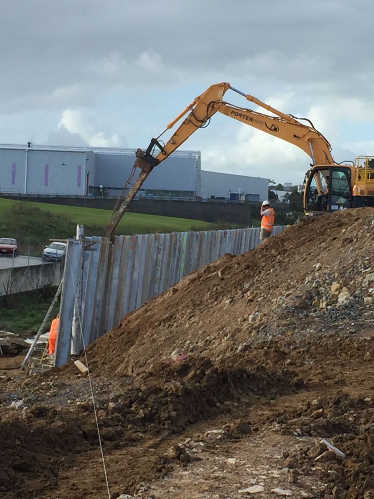 Cll S 320m I Beam Retaining Wall In Auckland Nz Retaining Walls Types Of Retaining Wall Wall I Beam