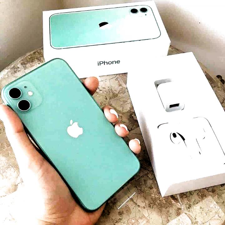 Iphone 11 Pro Max 512 Gb Newish Tech On Godolly Com Elektroniken Iphone Iphone 11 Iphone Parts