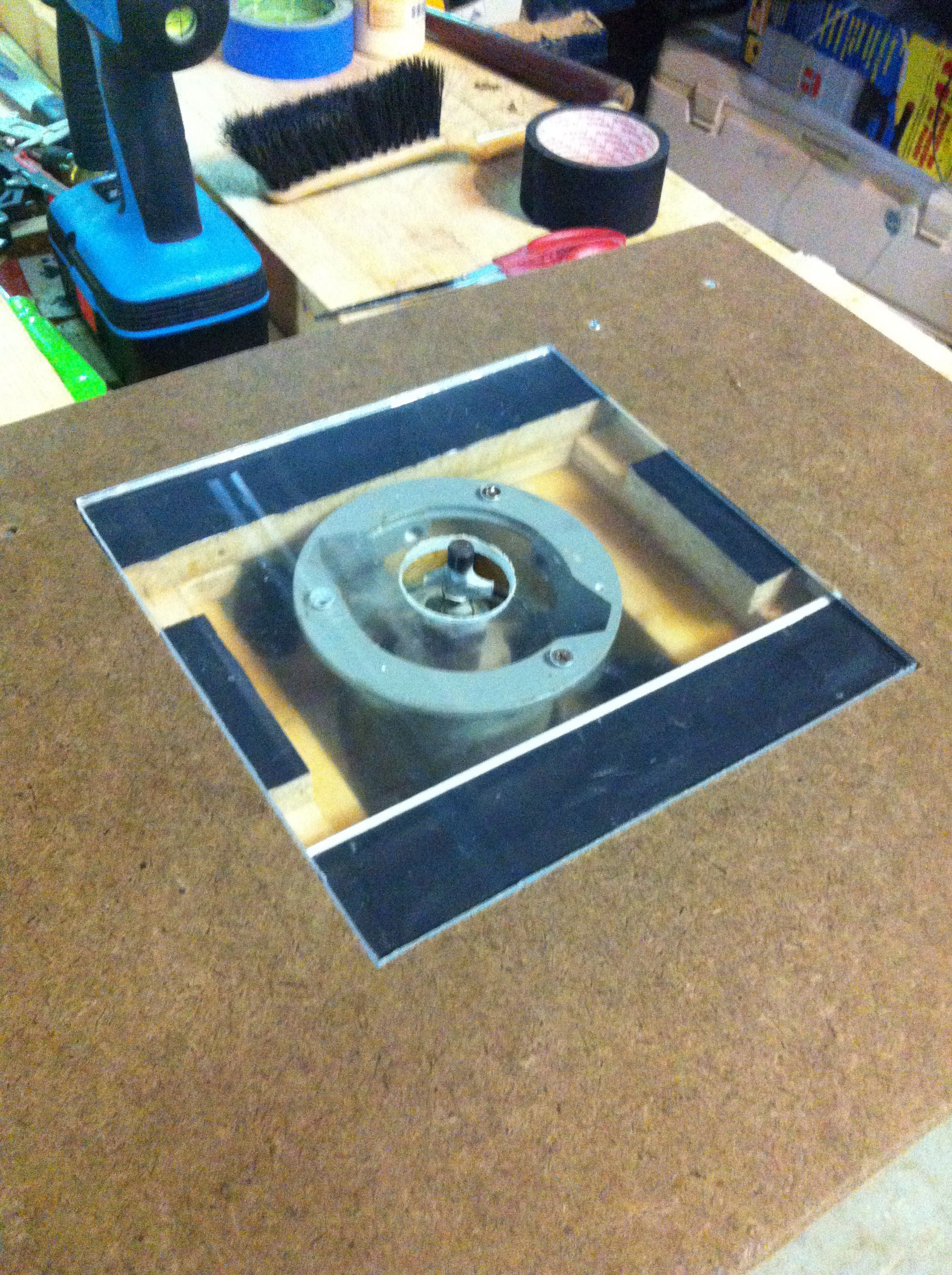 Plexiglass insert for my router table top Did a major overhaul to