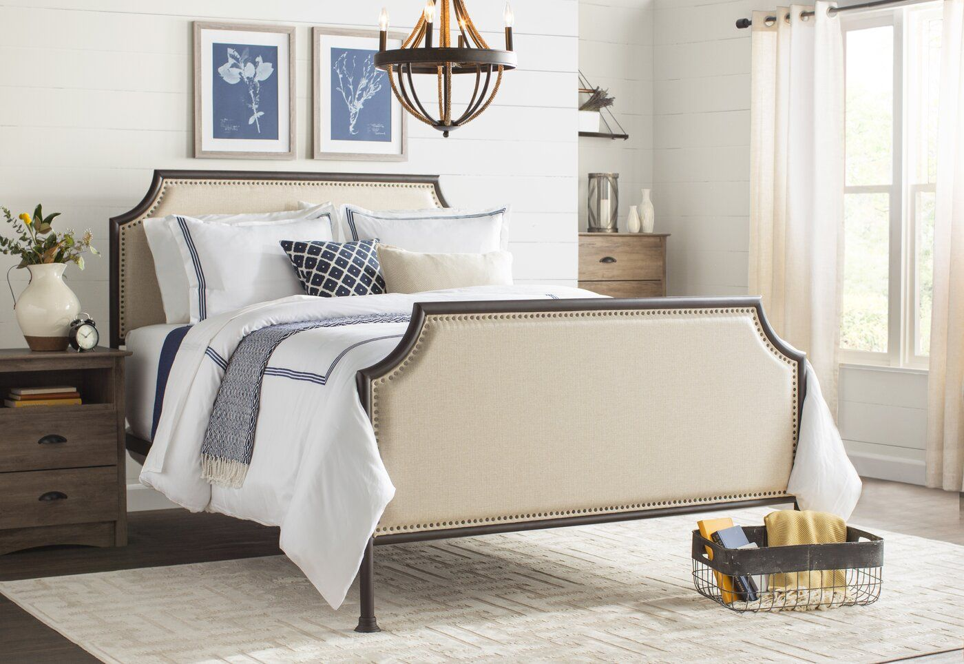 Jacquline Queen Upholstered Bed Upholstered beds, Canopy