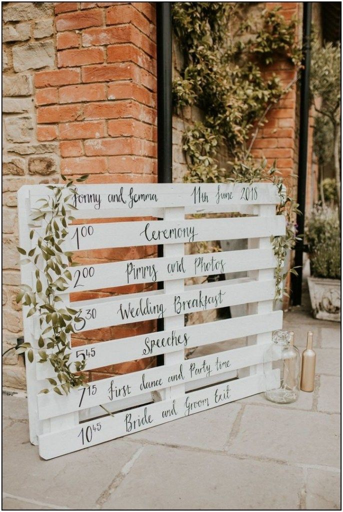 80 Gorgeous Rustic Country Barn Wedding Decoration Ideas Page 36 Pointsave Net Barn Wedding Decorations Diy Wedding Decorations Pallet Wedding