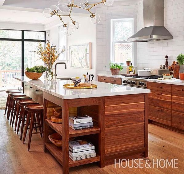 Sam Sacks masters the mix in her client\'s kitchen with modern ...