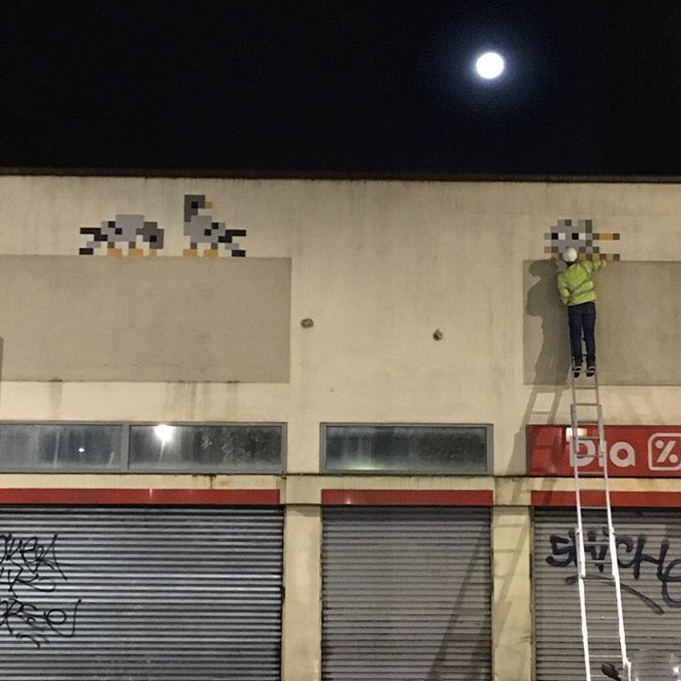 Invader at work under a full moon. Follow the Invasion on https://www.instagram.com/invaderwashere or www.space-invaders.com