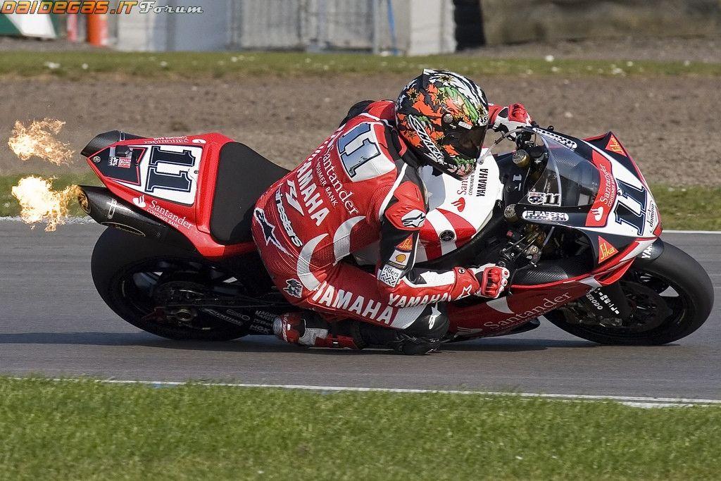 2007 Troy Corser Yamaha R1 WSBK