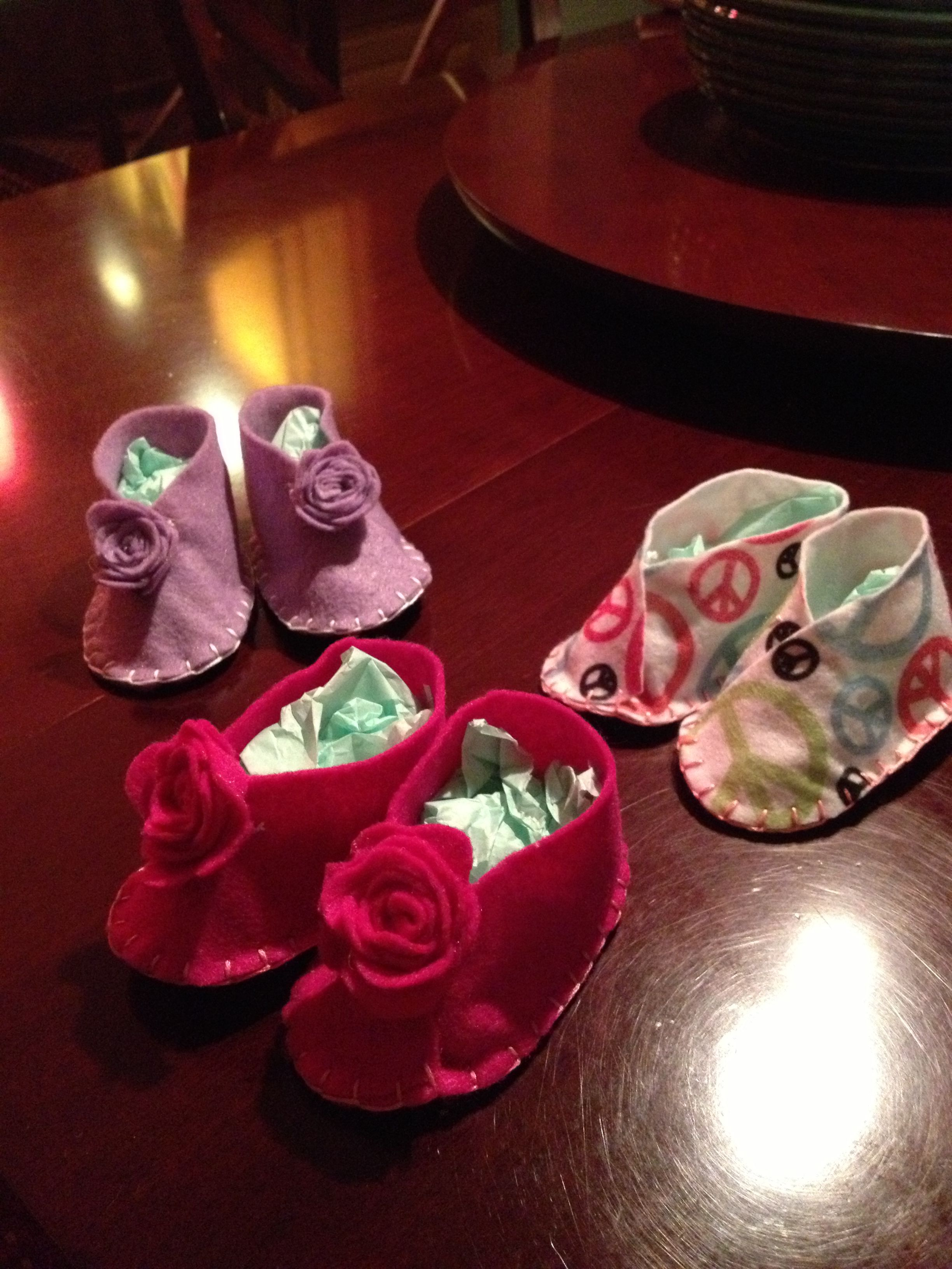 I made these cute baby shoes for Rory they are size 0 3months and